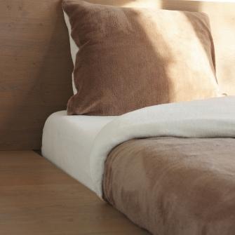 Beter slapen met het Comfort Pluche beddengoed